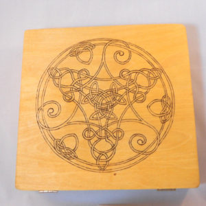 BlackSunArts Tri-Spiral Knot Cigar Box