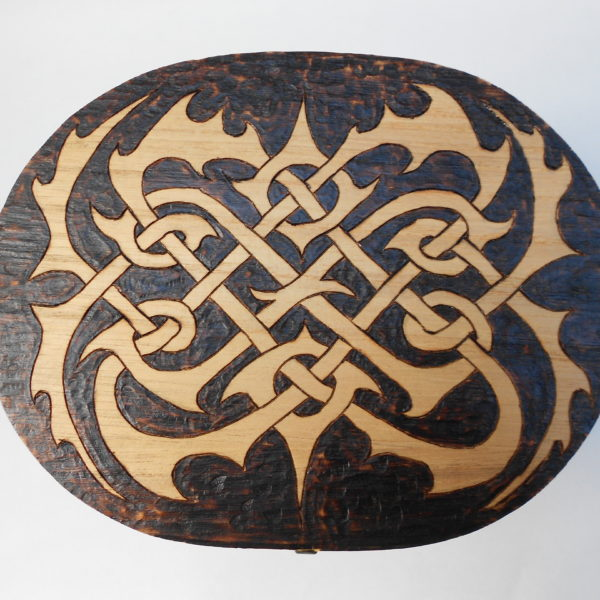 Black Sun Arts Thistle Knot Box